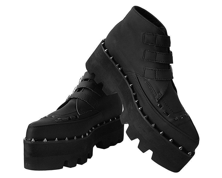 Black 3-Buckle Pointed Dino Lug Sole Boot