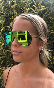 Duo-chrome Visor Sunglasses