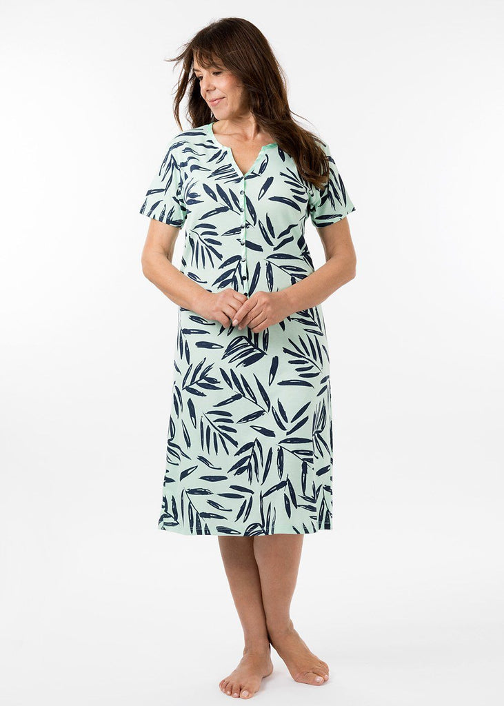 ladies nightwear - henley short sleeve nightie in bermuda print