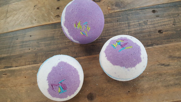 Black Raspberry Vanilla Bath Bomb 3.5 oz