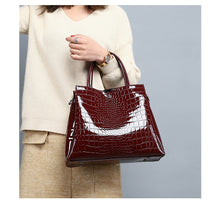 Load image into Gallery viewer, Luxury Brand Crocodile Women Bag Black Red Patent Leather Women Handbags