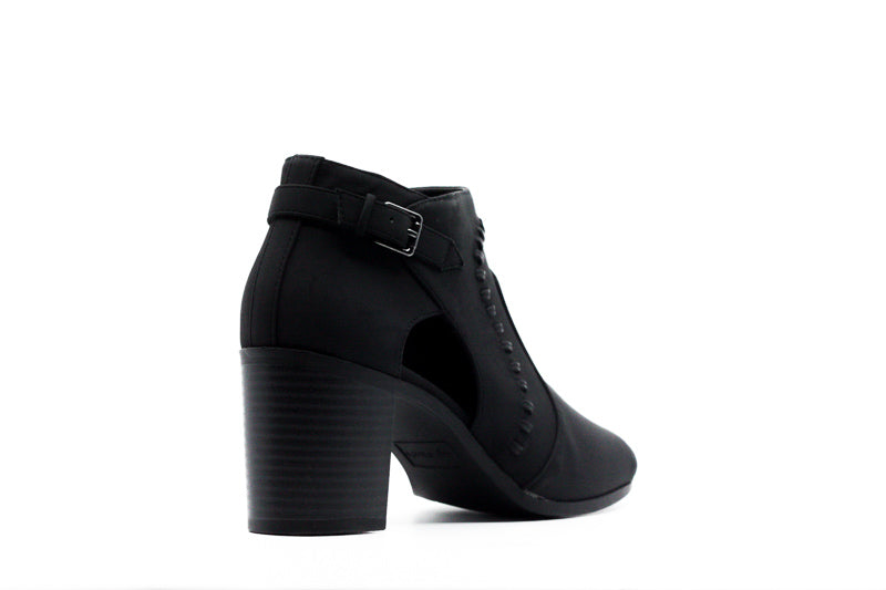 Yieldings Discount Shoes Store's Poppet Ankle Boots by Easy Street in Black