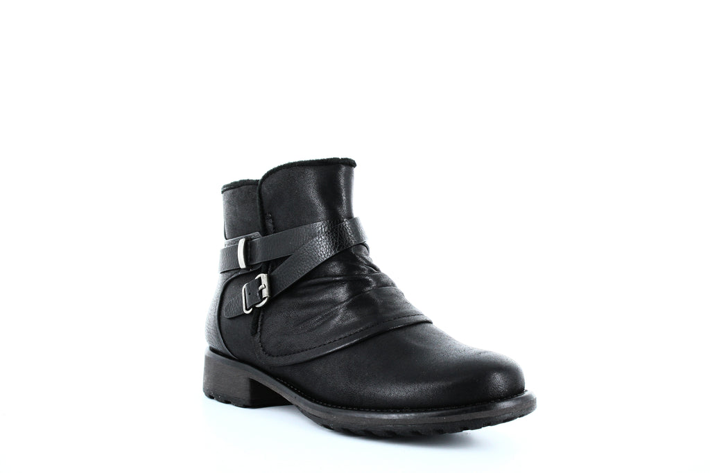 Yieldings Discount Shoes Store's Selyna Booties by Baretraps in Black