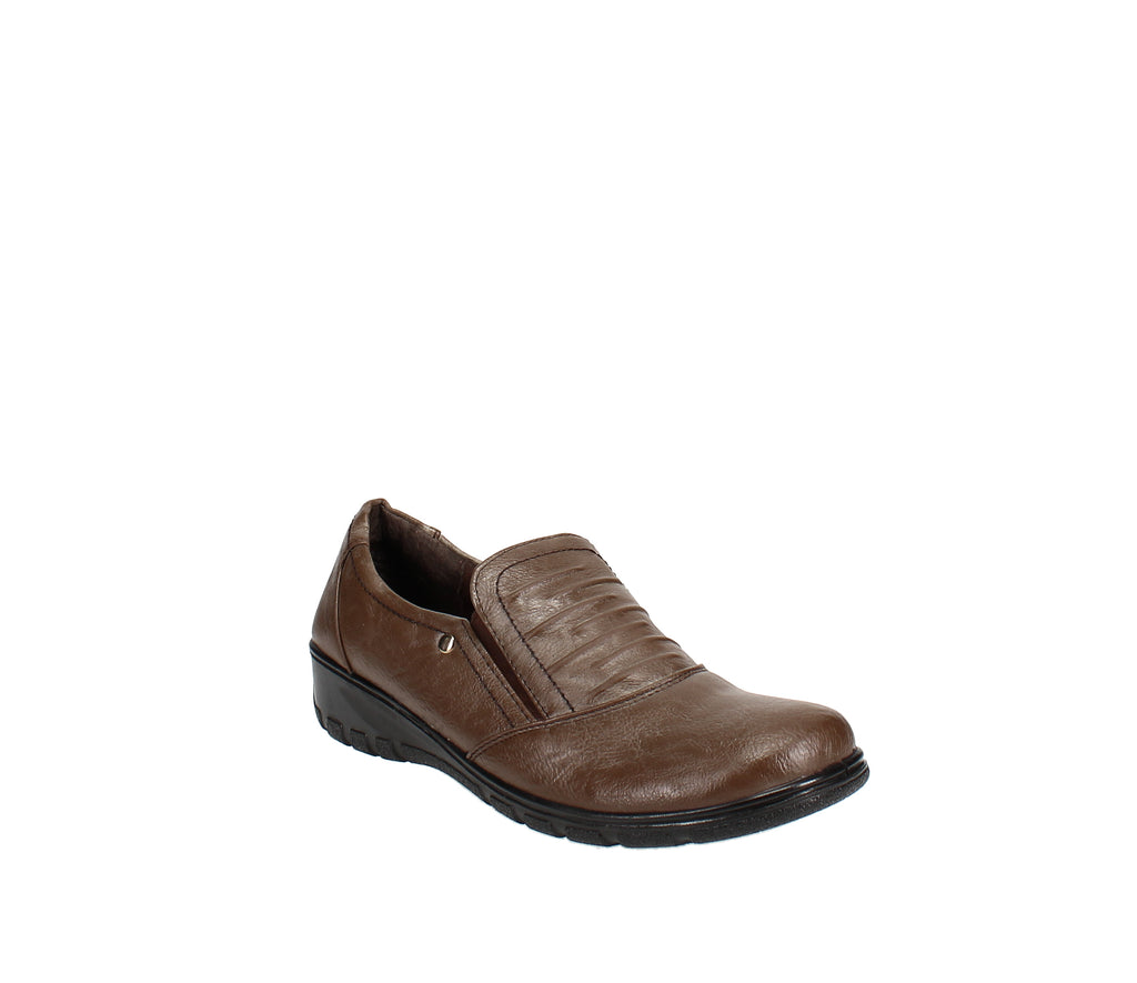 Yieldings Discount Shoes Store's Proctor Comfort Slip-Ons by Easy Street in Tan