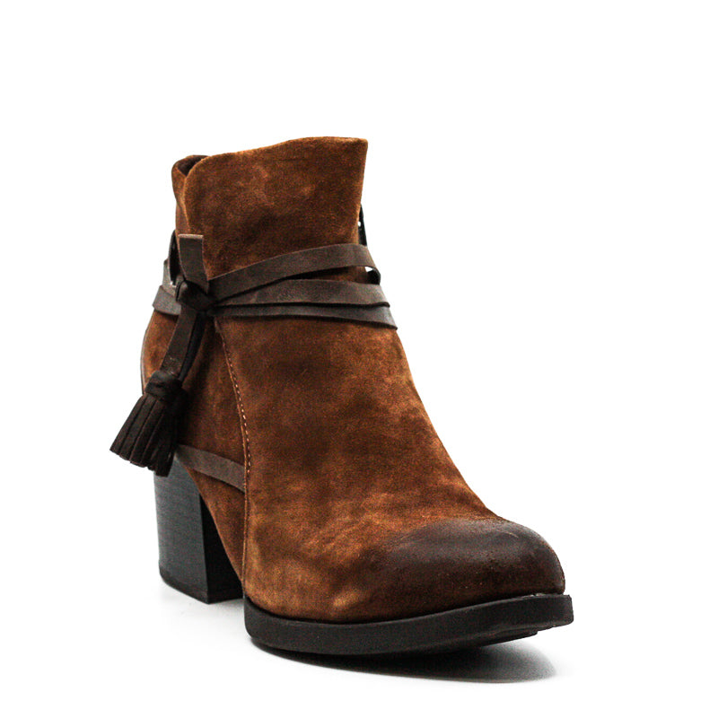 BOC by Born | Amber Suede Block Heel Boots