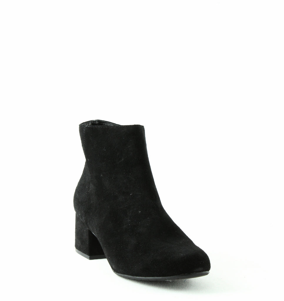 Yieldings Discount Shoes Store's Rylan Booties by Kenneth Cole in Black