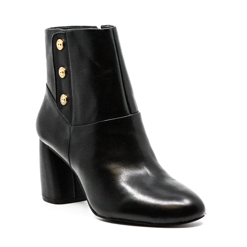 Yieldings Discount Shoes Store's Kirtley Block Heel Leather Boots by Nine West in Black
