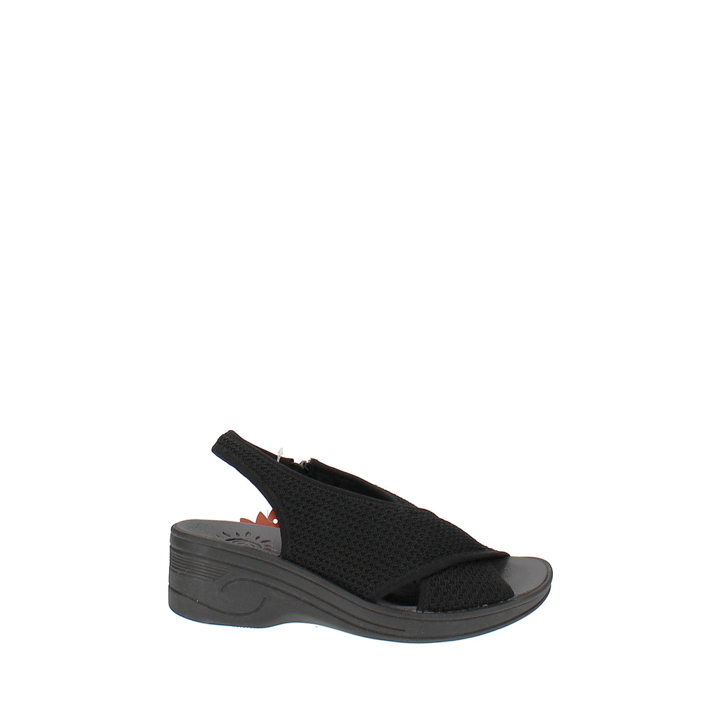 Yieldings Discount Shoes Store's Jolly Sandals by Easy Street in Black