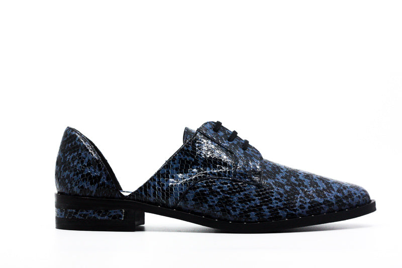 Yieldings Discount Shoes Store's Wit Print Oxfords by Freda Salvador in Violet Snake