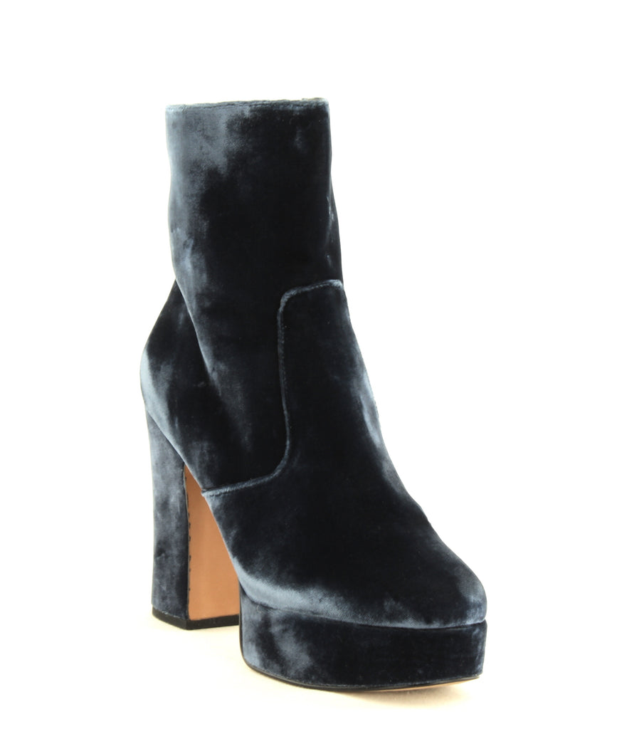 Yieldings Discount Shoes Store's Lianna Platform Boots by Avec Les Filles in Midnight Navy