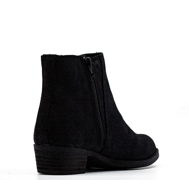 Yieldings Discount Shoes Store's Bert Heel Boots by Carlos by Carlos Santana in Black