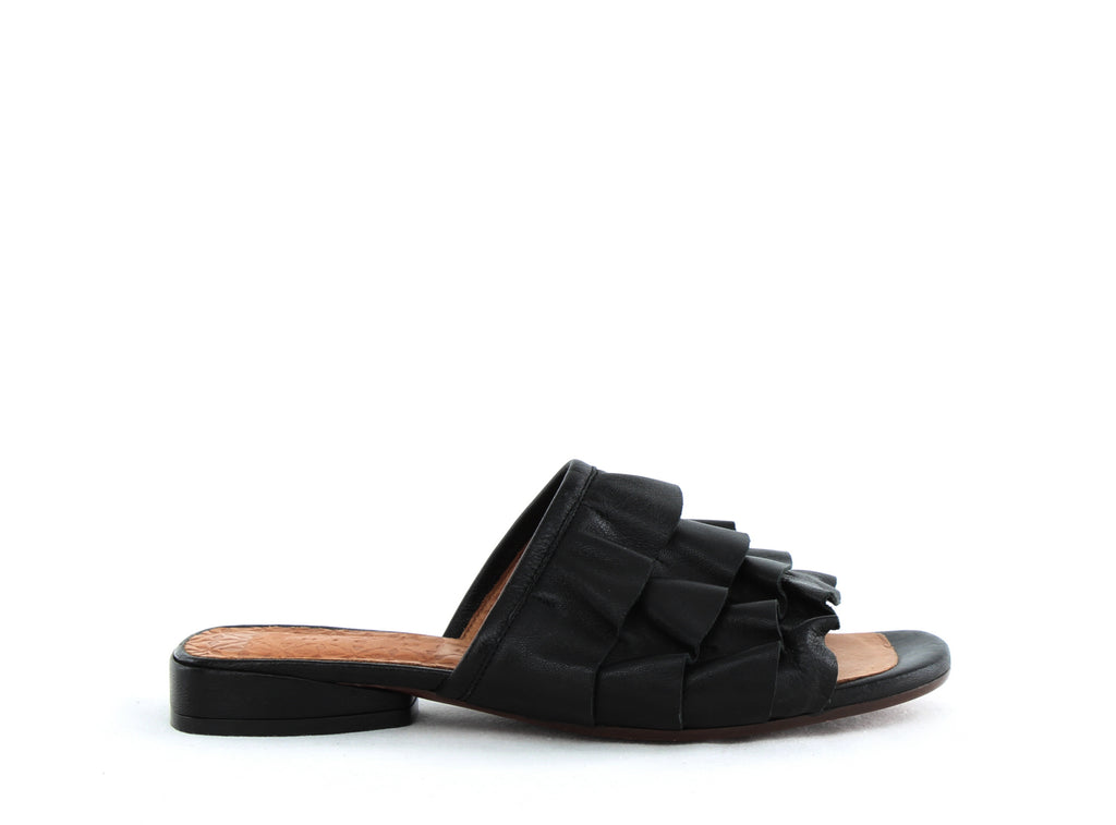 Chie Mihara | Volante Leather Ruffle Slide Sandals