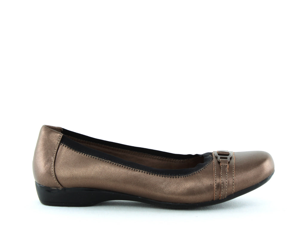 Yieldings Discount Shoes Store's Kinzie Light Flats by Clarks in Pewter