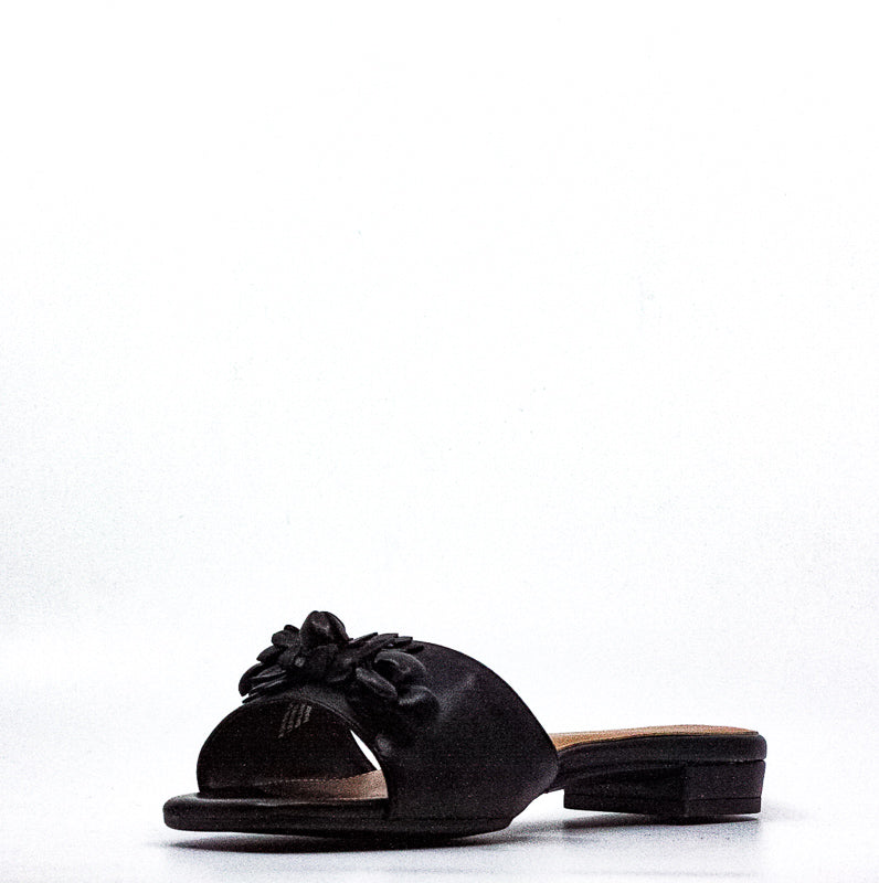 Aerosoles | Pin Down Leather Slides