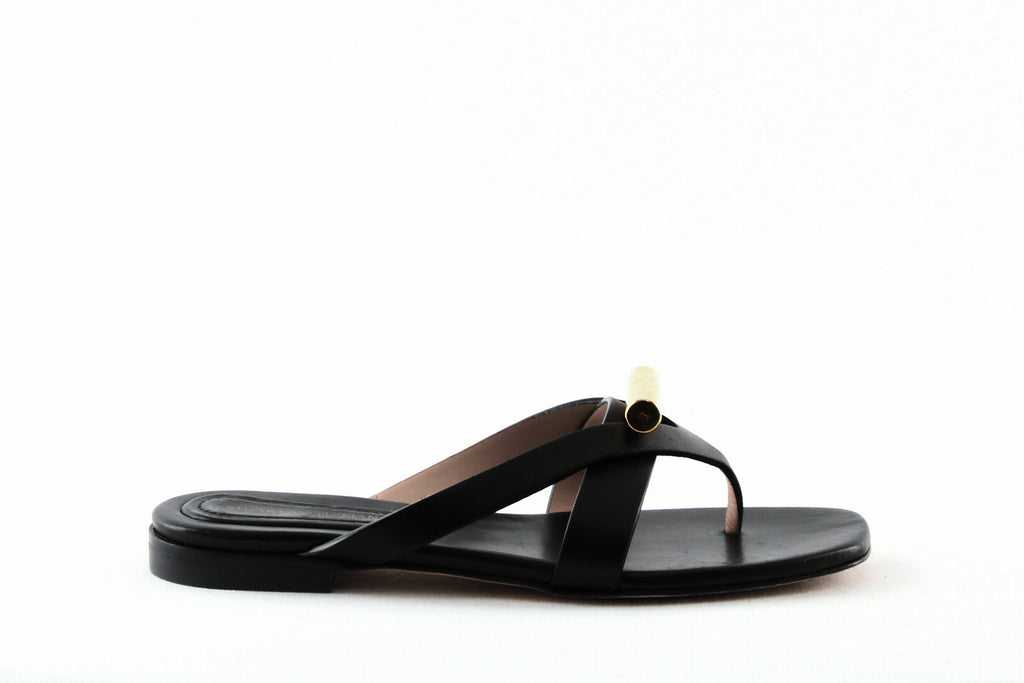 Yieldings Discount Shoes Store's Arro Leather Thong Sandals by Stuart Weitzman in Pitch Black Dexter