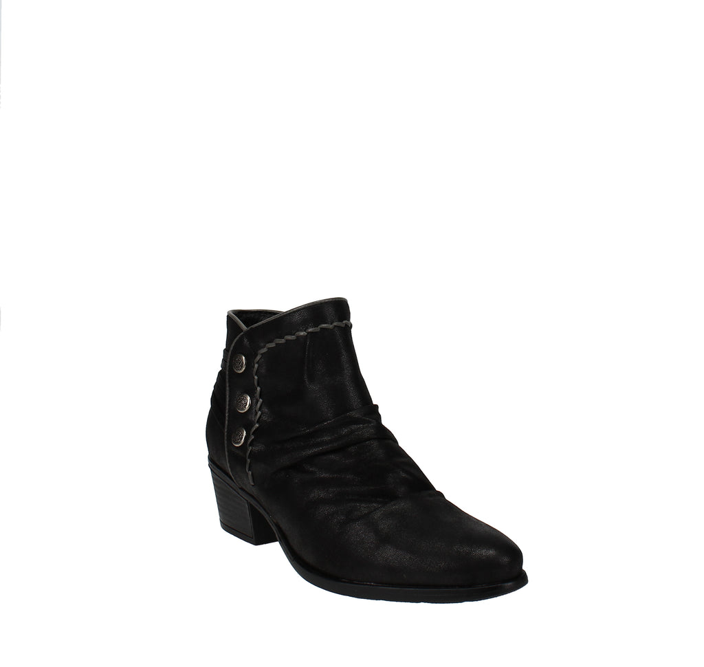 Yieldings Discount Shoes Store's Bethany Ankle Boots by Baretraps in Black