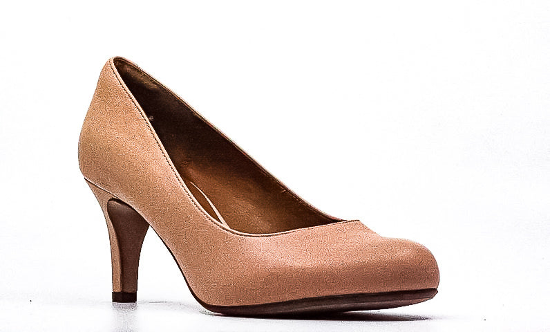 Yieldings Discount Shoes Store's Arista Abe Leather Pumps by Clarks in Blush Pink