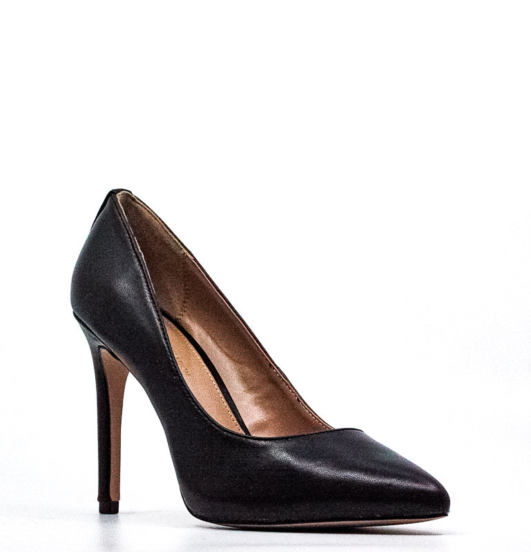 Yieldings Discount Shoes Store's Heidi Kidskin Pumps by BCBGeneration in Black