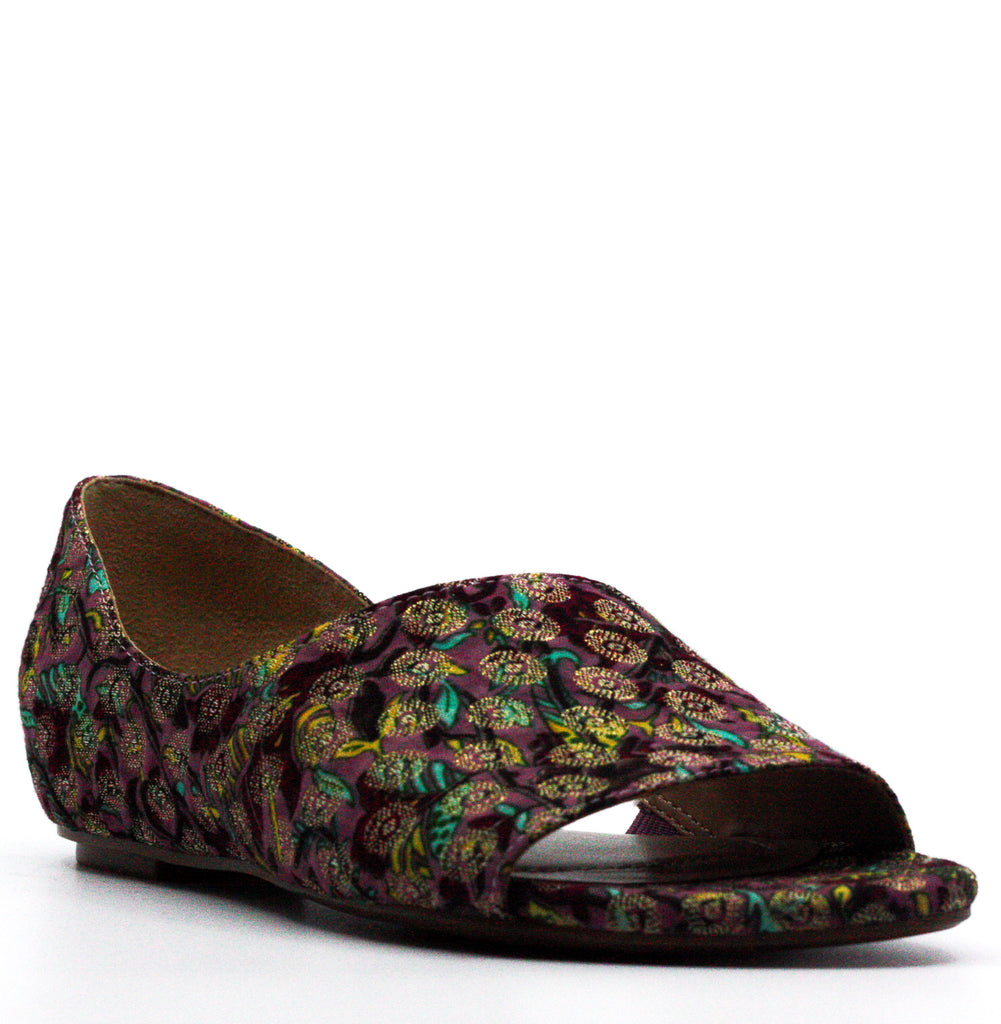 Yieldings Discount Shoes Store's Lucie Brocade Flat Sandals by Naturalizer in Multicolored