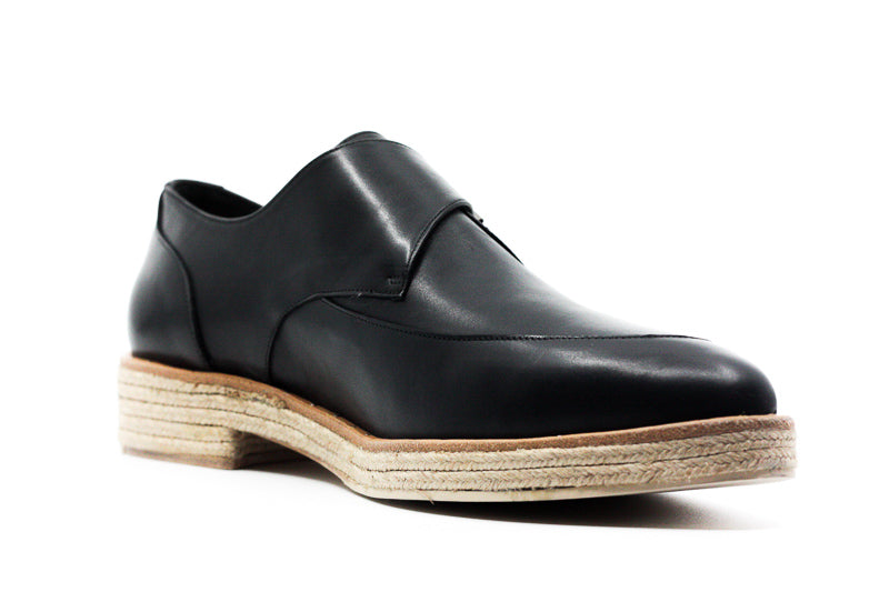 Yieldings Discount Shoes Store's Dig Oxfords by Freda Salvador in Black