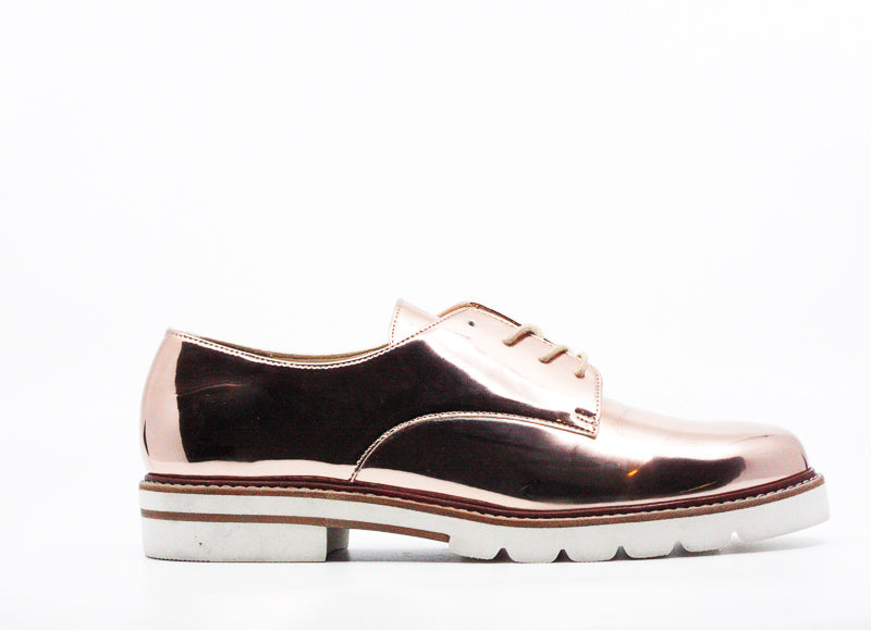 Yieldings Discount Shoes Store's Metro Glass Oxfords by Stuart Weitzman in Beige