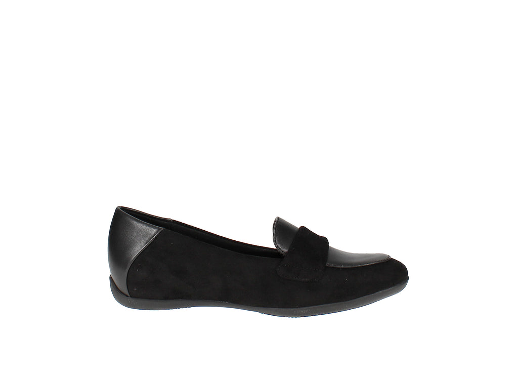 Yieldings Discount Shoes Store's Juliya Hidden Wedge Shoes by Baretraps in Black