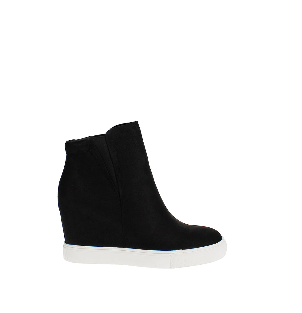 Yieldings Discount Shoes Store's Kam Wedge Sneaker by Kenneth Cole in Black