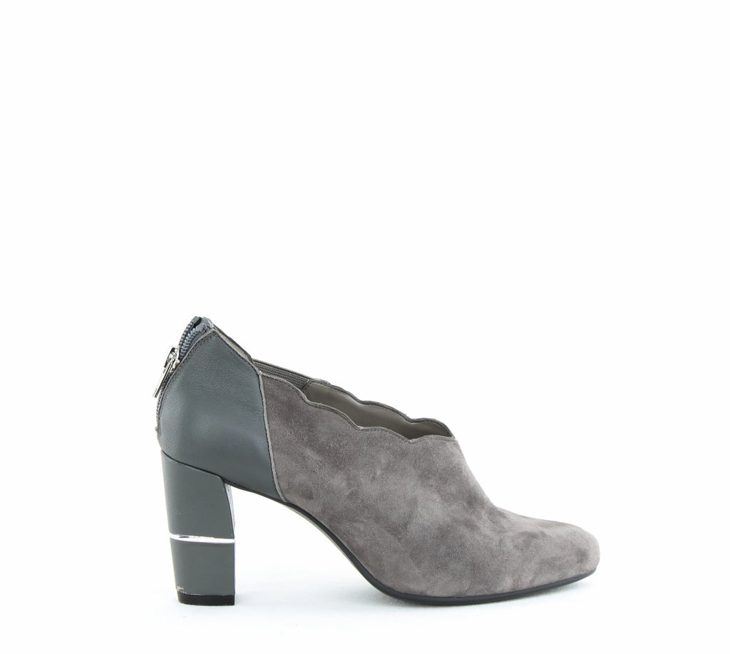 Yieldings Discount Shoes Store's Teleport Shooties by Aerosoles in Dark Gray Suede