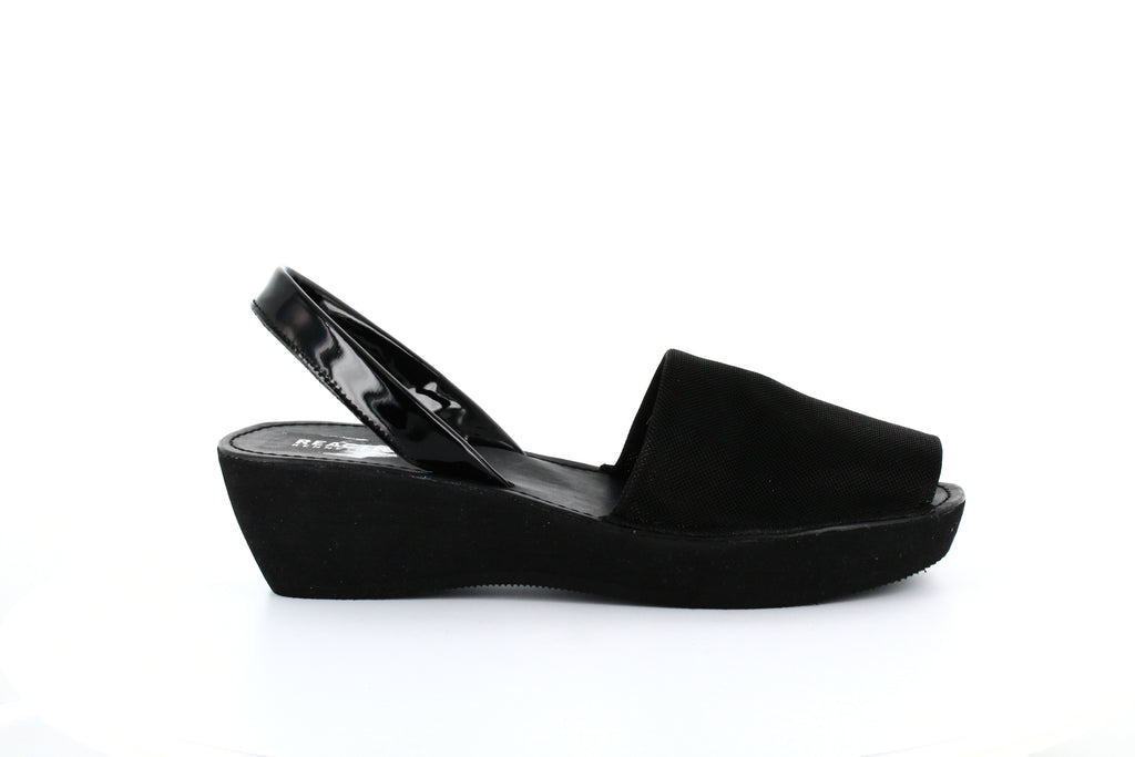 Reaction Kenneth Cole | Fine Glass Wedge Sandals