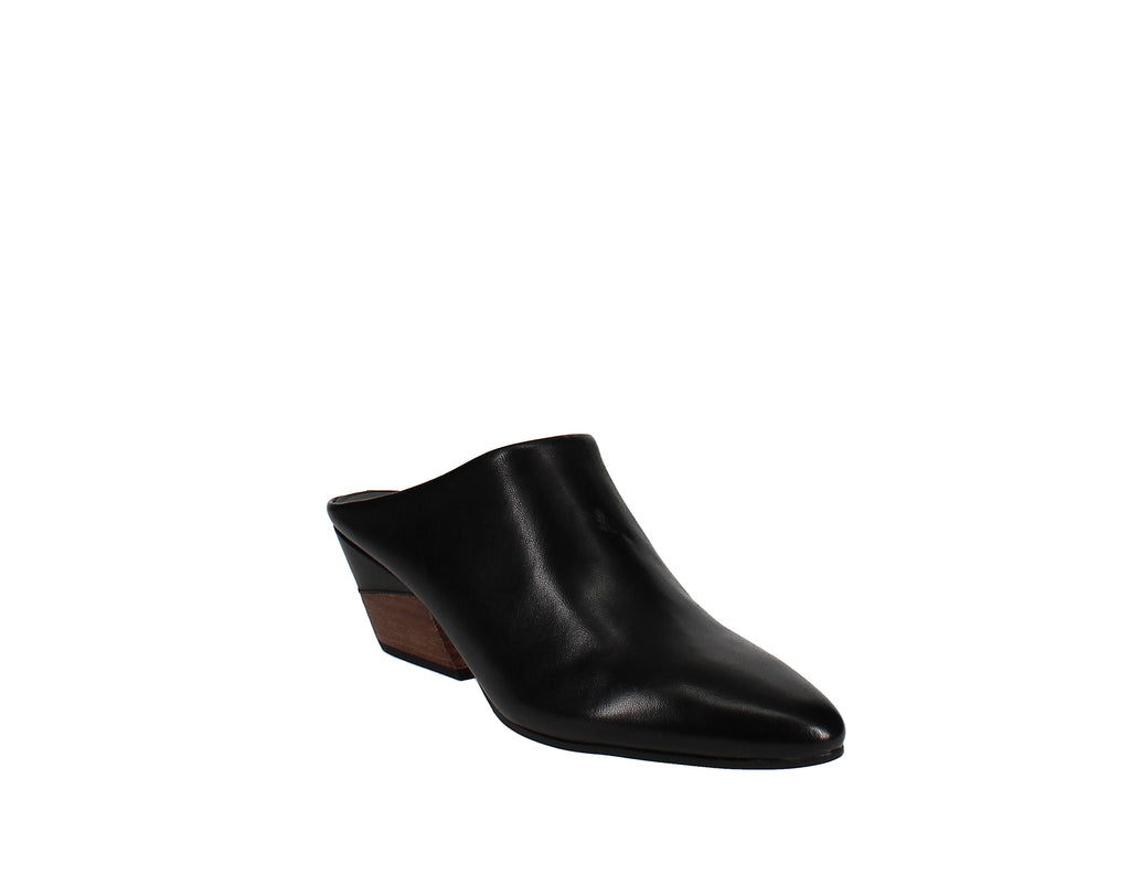 Yieldings Discount Shoes Store's Citykisses Slip-On Mule by Nine West in Black