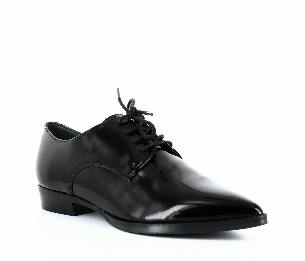 Marc Fisher LTD | Finna Pointed-Toe Oxfords