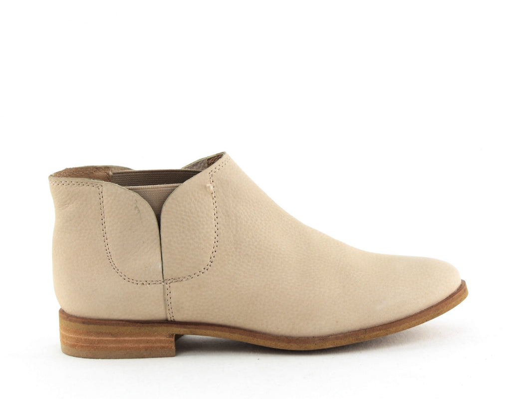 Yieldings Discount Shoes Store's Paddy Ankle Booties by Splendid in Khaki