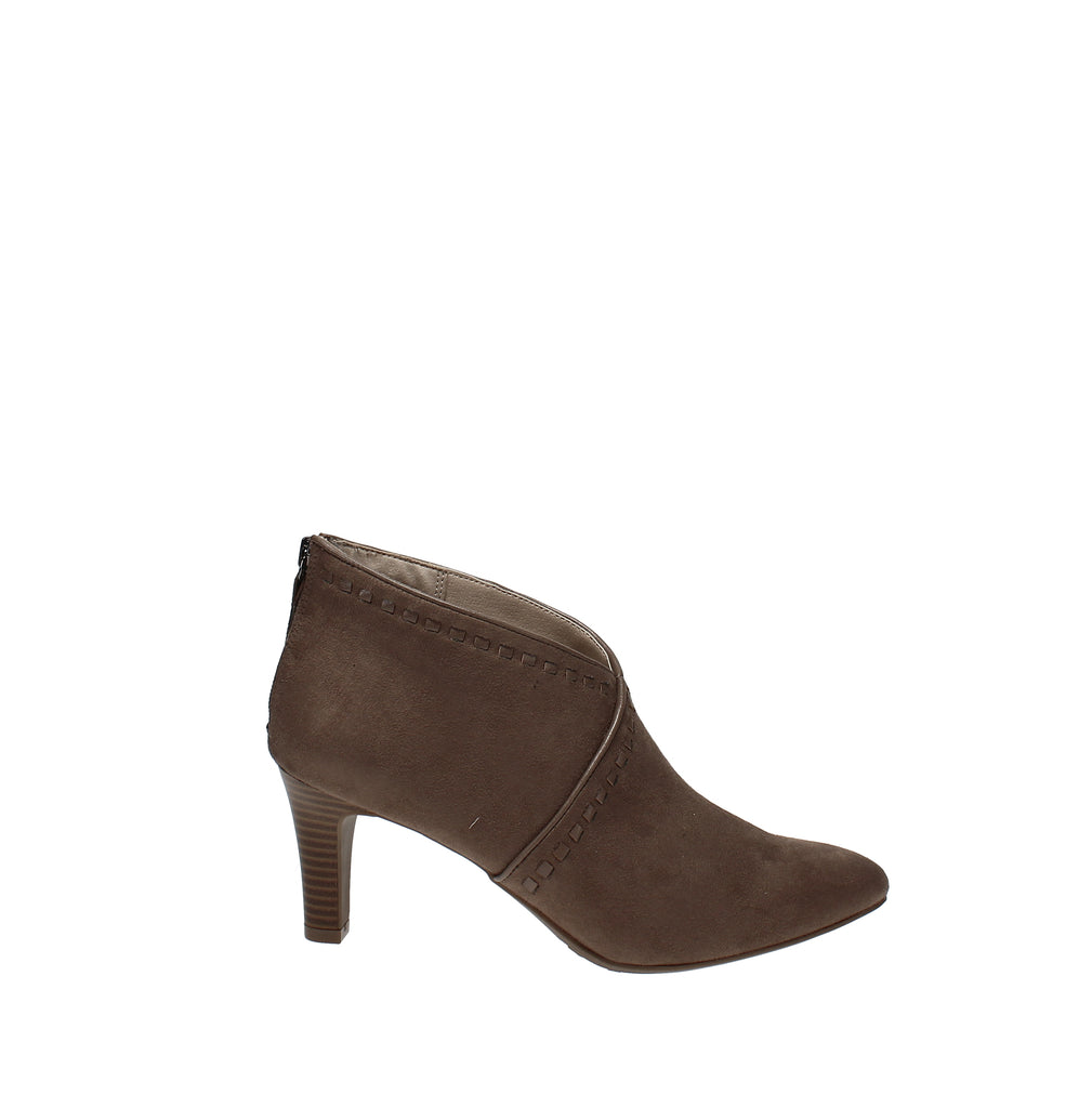 Yieldings Discount Shoes Store's Giada Booties by LifeStride in Mushroom