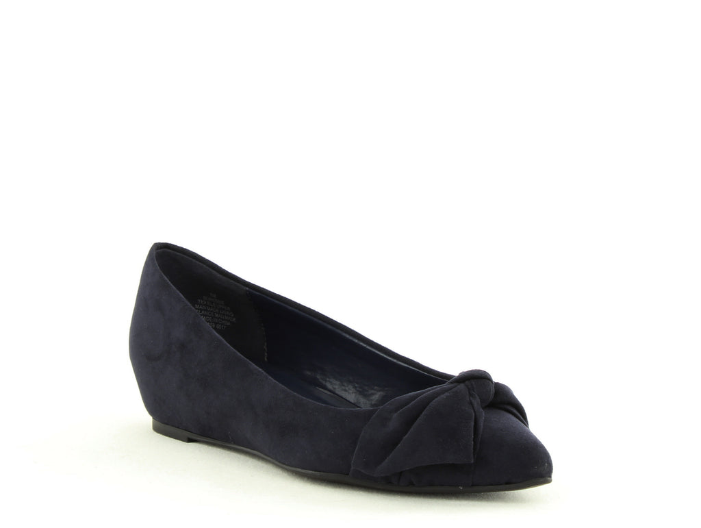 Yieldings Discount Shoes Store's Ressie Flats by Bandolino in Navy