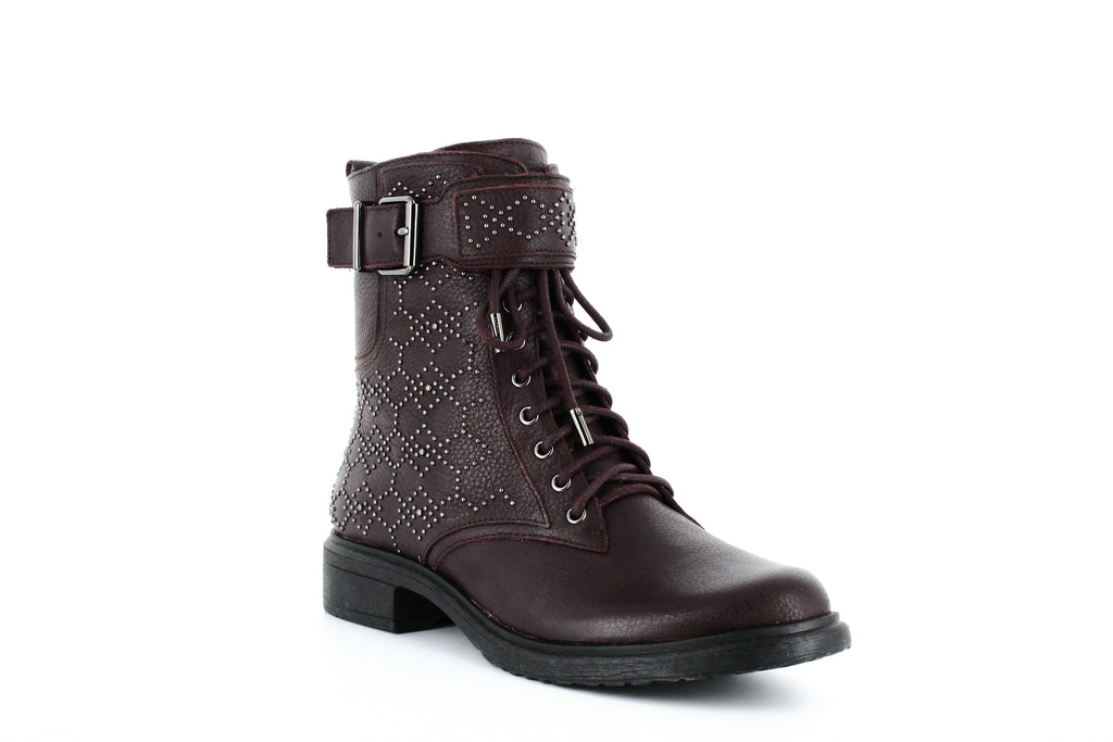 Yieldings Discount Shoes Store's Tanowie Boots by Vince Camuto in Vamp