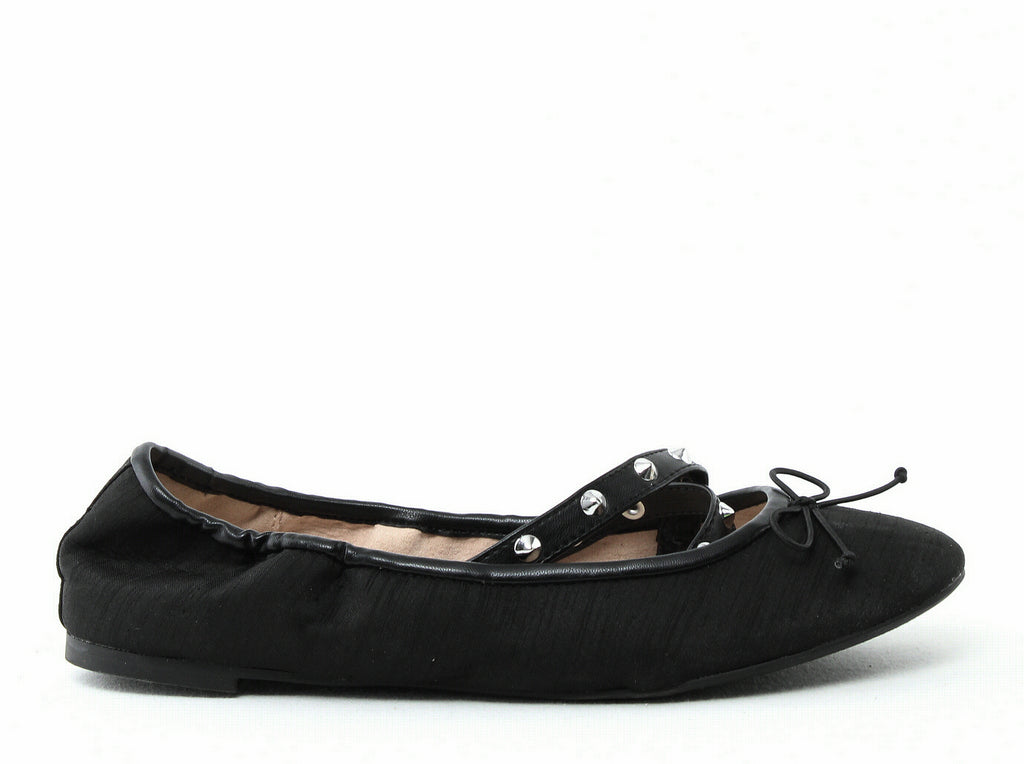 Yieldings Discount Shoes Store's Cayenne Flats by Circus by Sam Edelman in Black