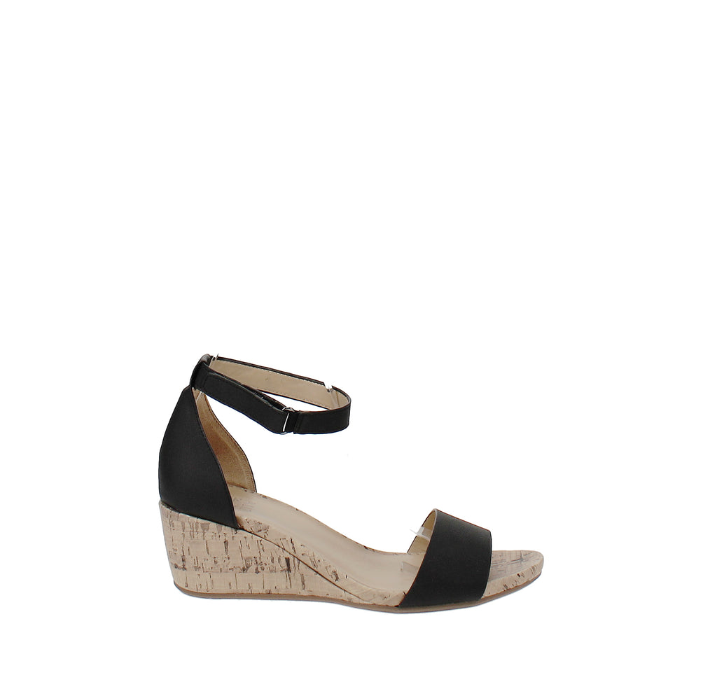 Yieldings Discount Shoes Store's Areda Dress Sandals by Naturalizer in Black