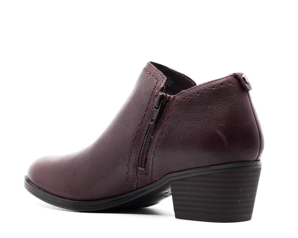 Yieldings Discount Shoes Store's Zarie Block Heels by Naturalizer in Aubergine