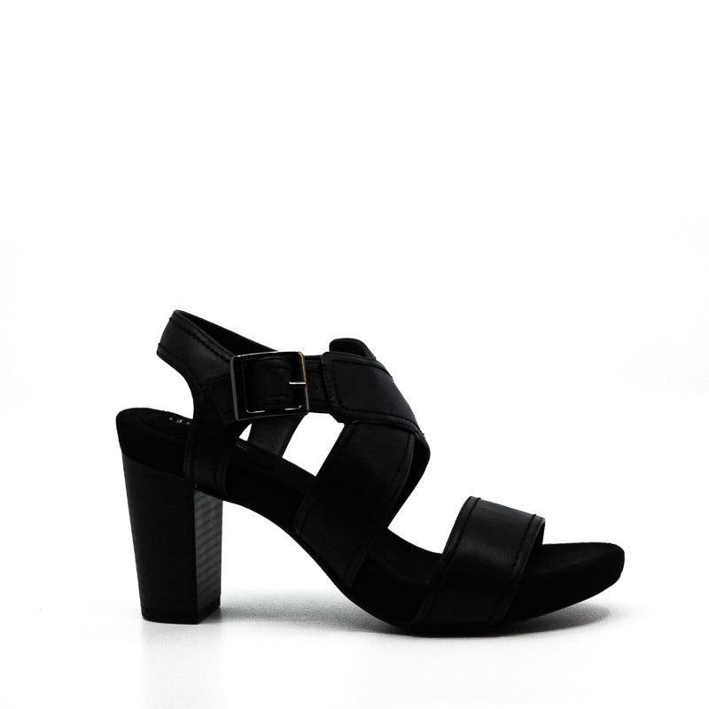 Yieldings Discount Shoes Store's Janett Block Heel Sandals by Giani Bernini in Black