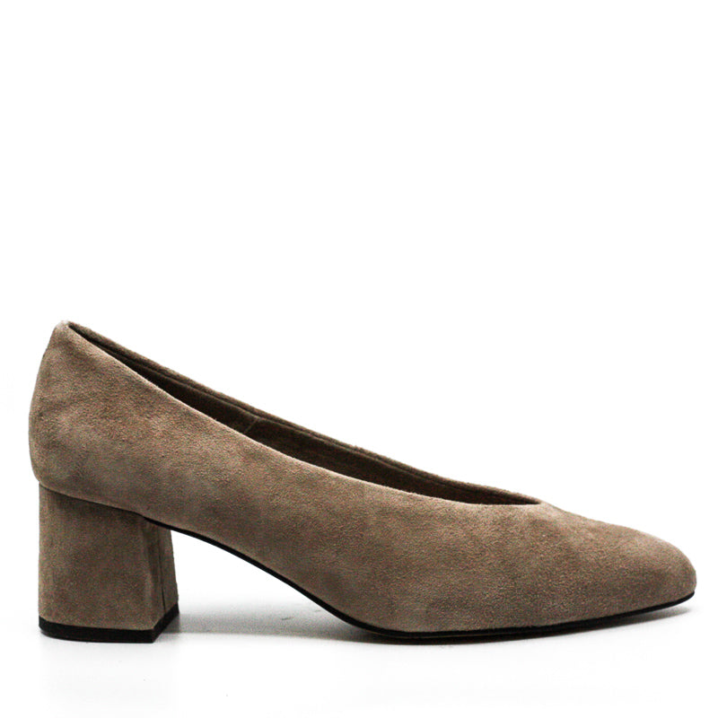 Bella Vita | Jensen Block Heel Pumps
