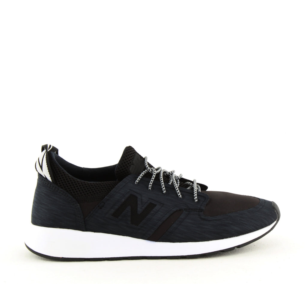 Yieldings Discount Shoes Store's Lifestyle Lace Up Sneakers by New Balance in Black/Navy