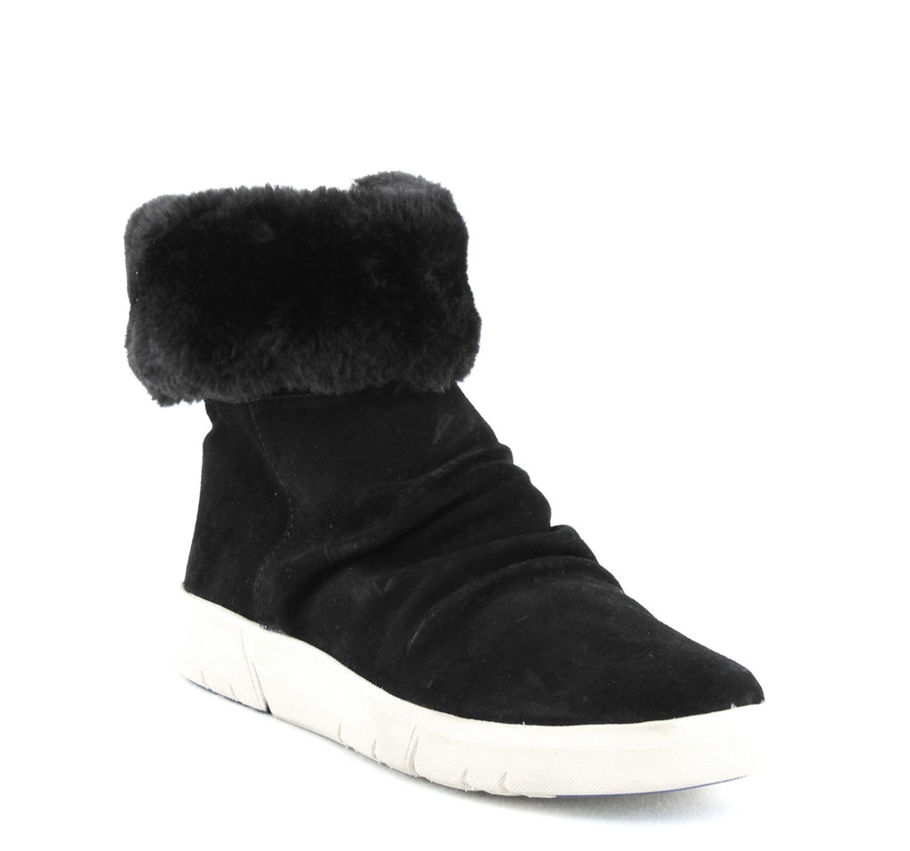 Yieldings Discount Shoes Store's Bette Snow Boot by Baretraps in Black