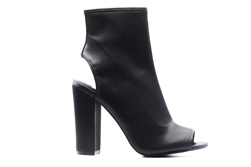 Yieldings Discount Shoes Store's Alta Open Toe And Ankle Boots by Steve Madden in Black