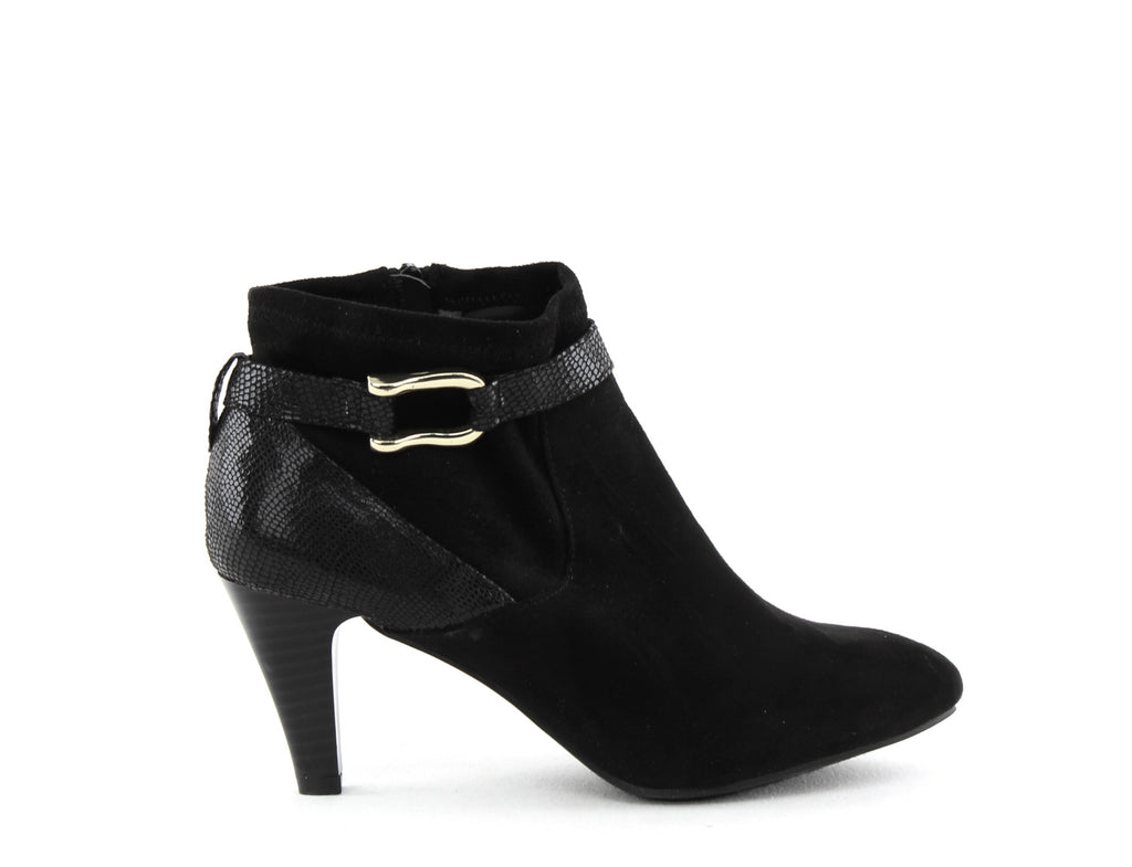 Yieldings Discount Shoes Store's Maxine Ankle Booties by Karen Scott in Black