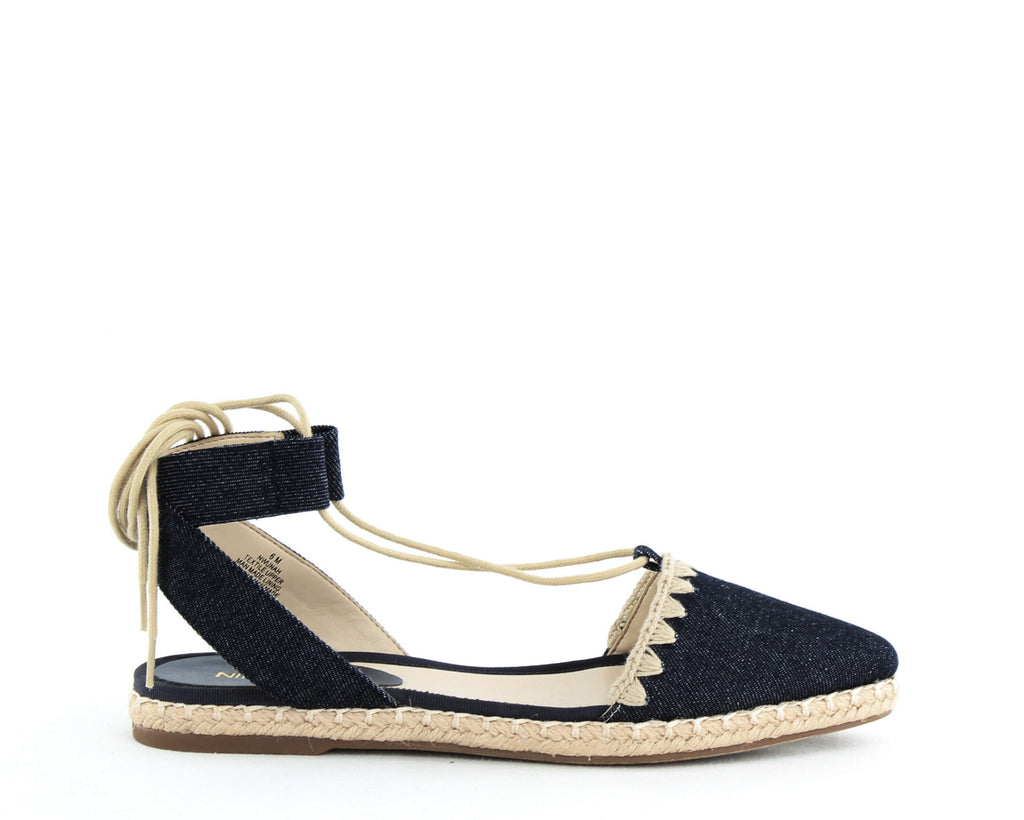 Nine West | Unah Pointed Toe Flat Lace up Sandals