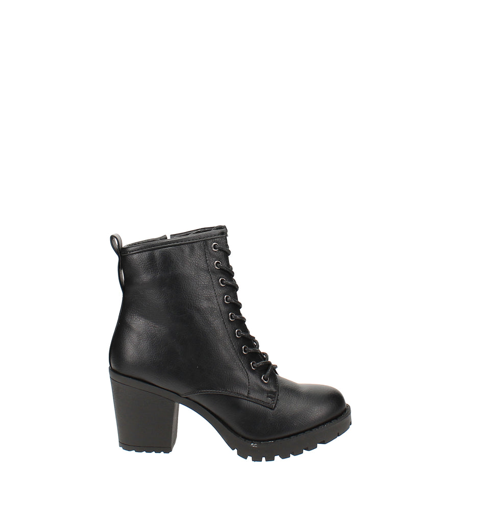 Yieldings Discount Shoes Store's Kourtlan Laceup Combat Booties by Zigi Soho in Black