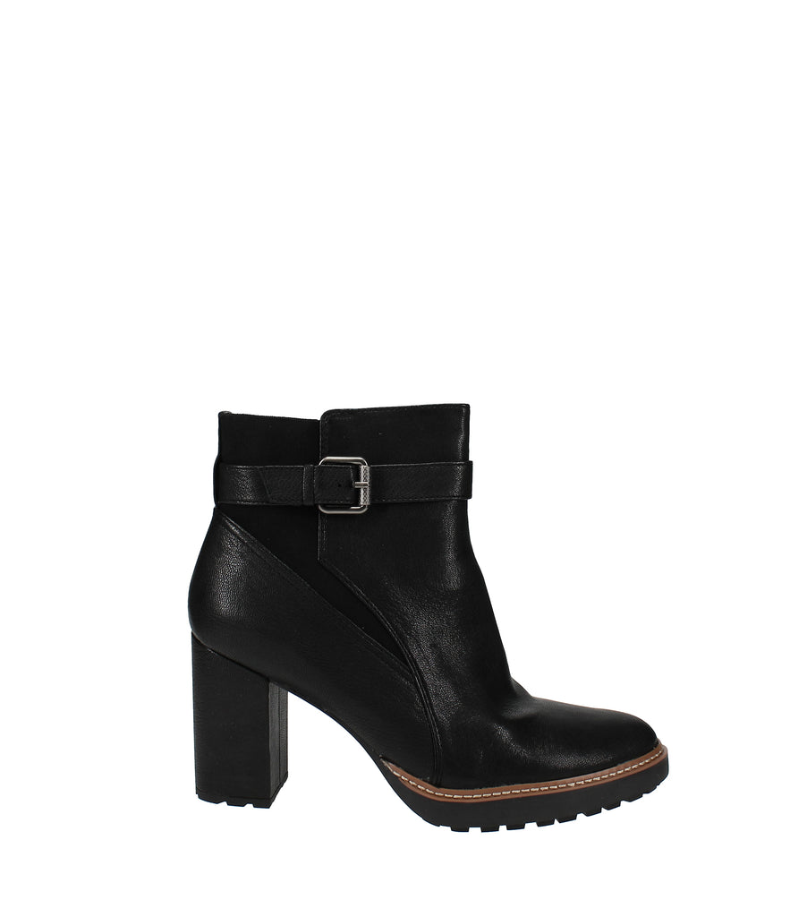 Yieldings Discount Shoes Store's Cora Booties by Naturalizer in Black Tumbled