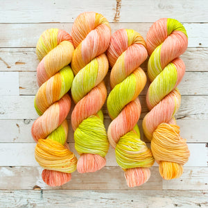 happy mango | 4-ply sock