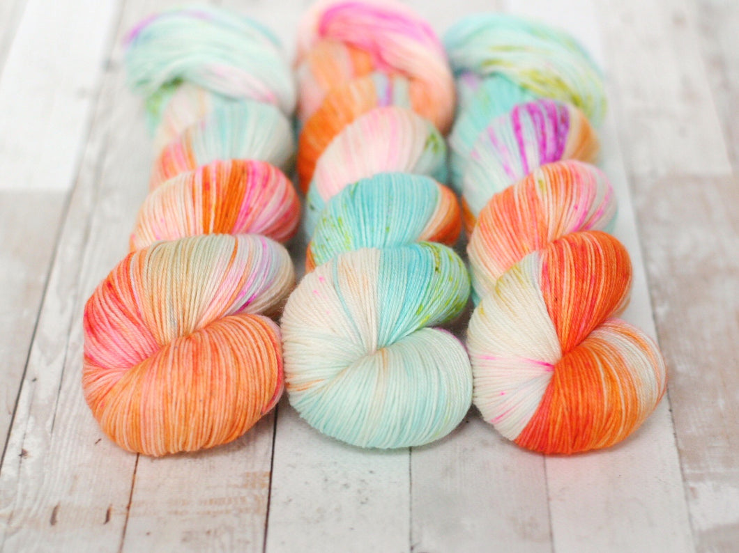 beach creamsicle | 4-ply sock
