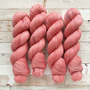pink bubbly | 4-ply sock